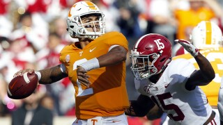 Fast start helps No. 1 Alabama trounce Tennessee 58-21