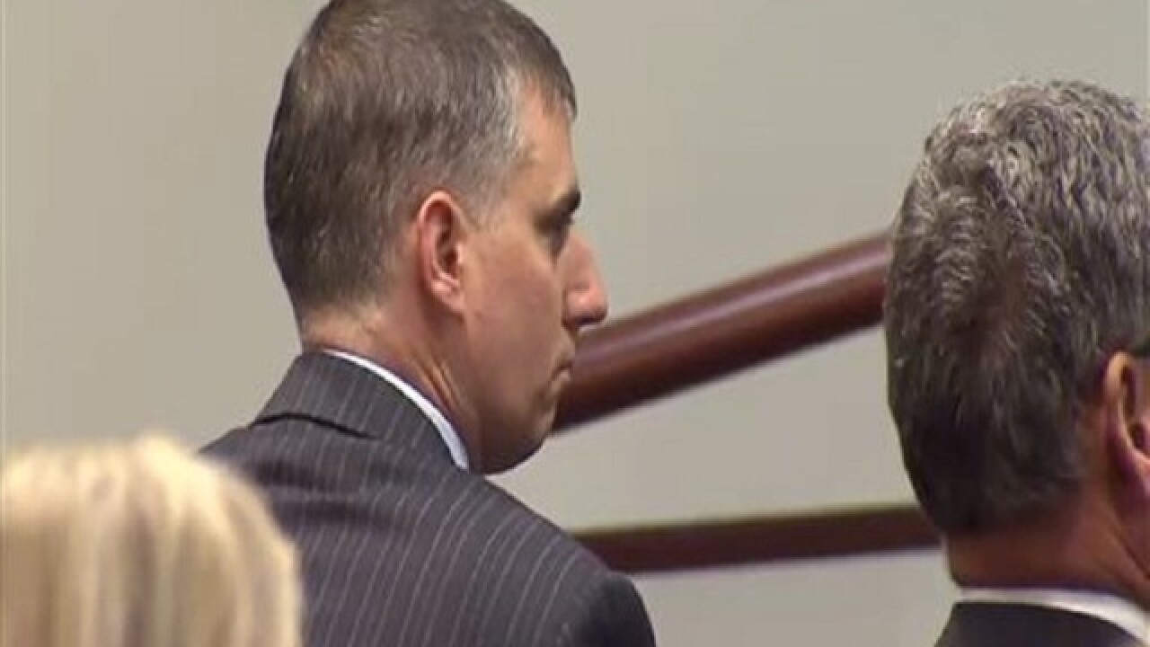Jury: Ex-officer should serve 2 1/2 years for manslaughter