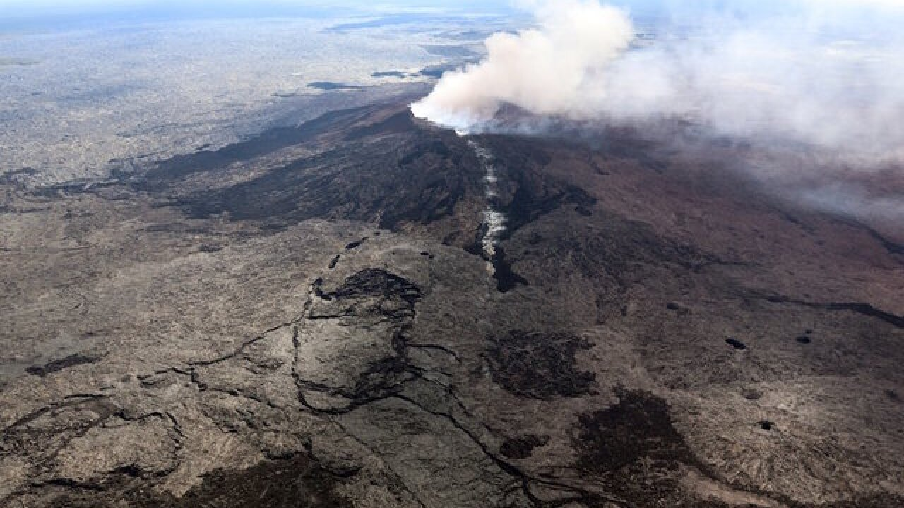 18th fissure opens and lava bombs fly as Kilauea volcano's eruption shows no sign of slowing down