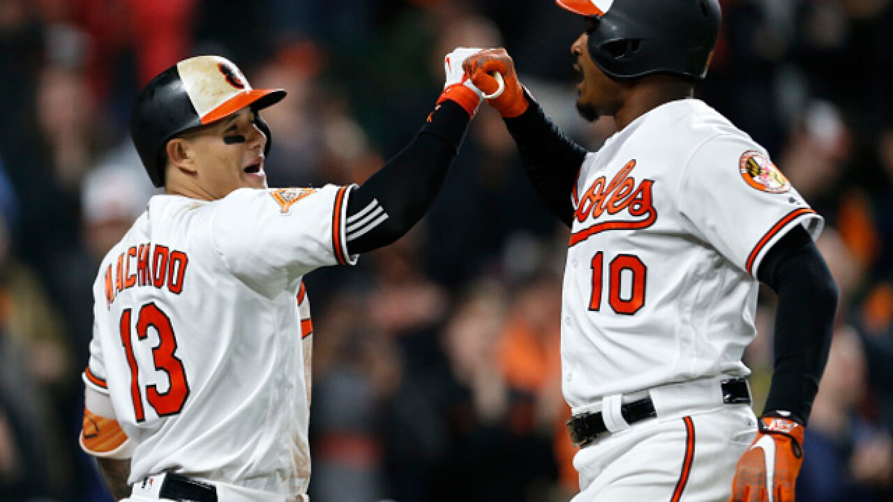 Orioles rally to beat Nationals in extra innings