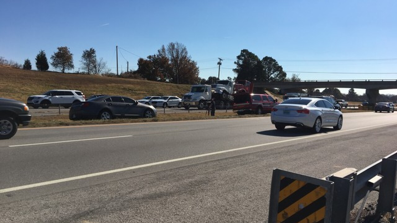 One taken to hospital after Highway 75 crash near Jenks