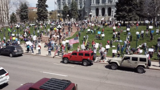 Psychologist analyzes why protesters may be pushing to reopen economy