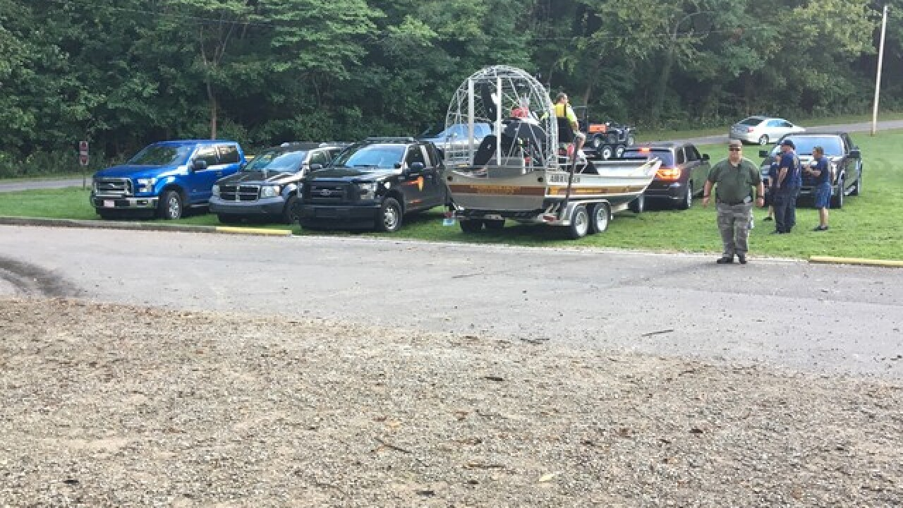 Man missing in Driftwood River after capsizing