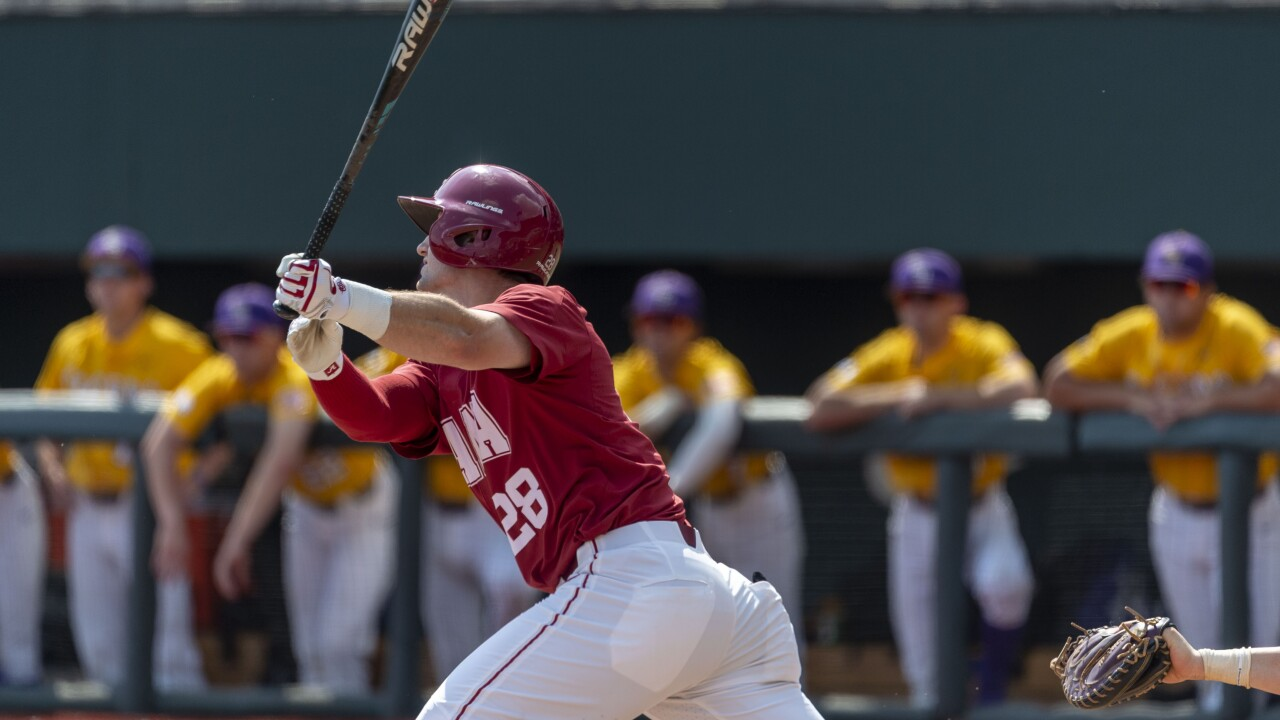 LSU Alabama Baseball Tyler Gentry