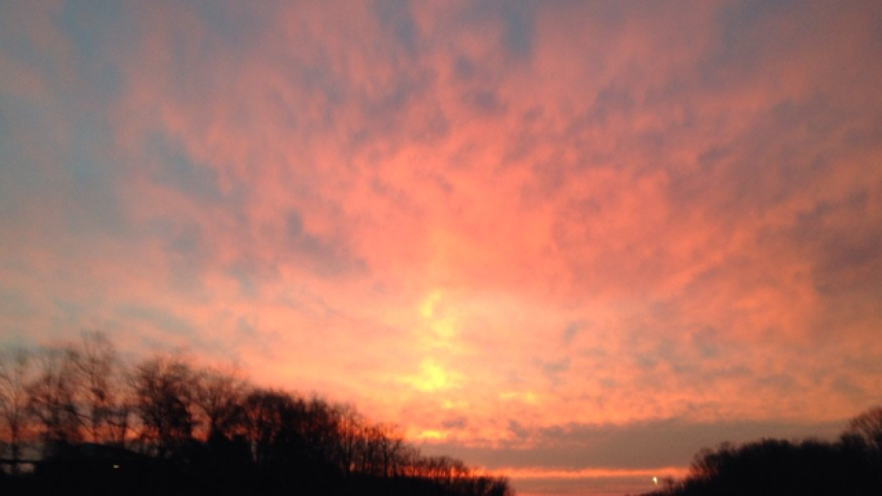 PHOTOS: Gorgeous sunrise kicks off Wednesday