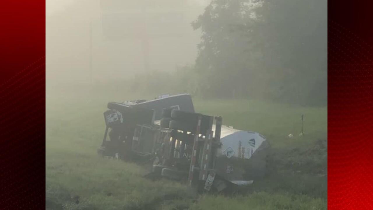 Overturned 18-wheeler Scott.jpg