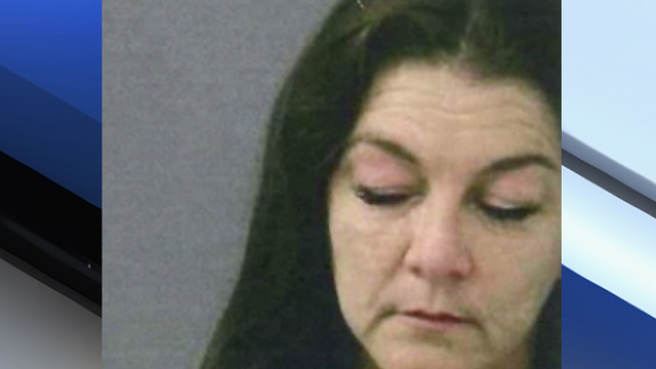 Grammy-winning country star Gretchen Wilson arrested at Bradley International Airport, near Hartford