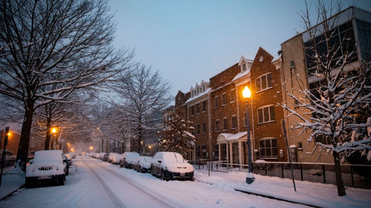 Winter storm drops one more round of snow on Virginia, DC area into Mondaymorning