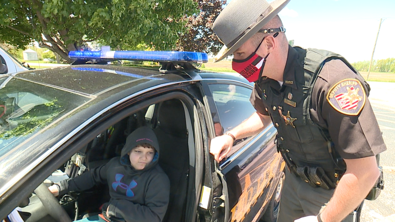 Lorain County sheriff's deputy forms special relationship with 10-year-old boy with autism