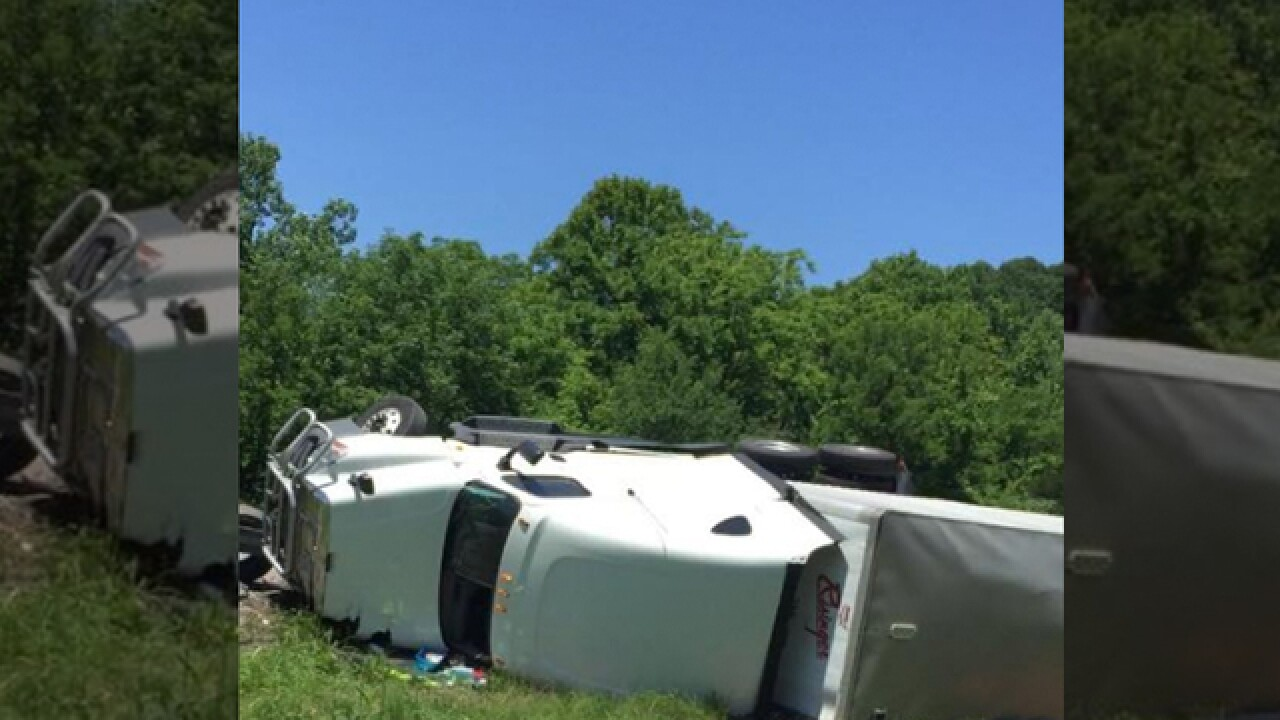 Fatal Crash Closes I-65 South In Robertson County