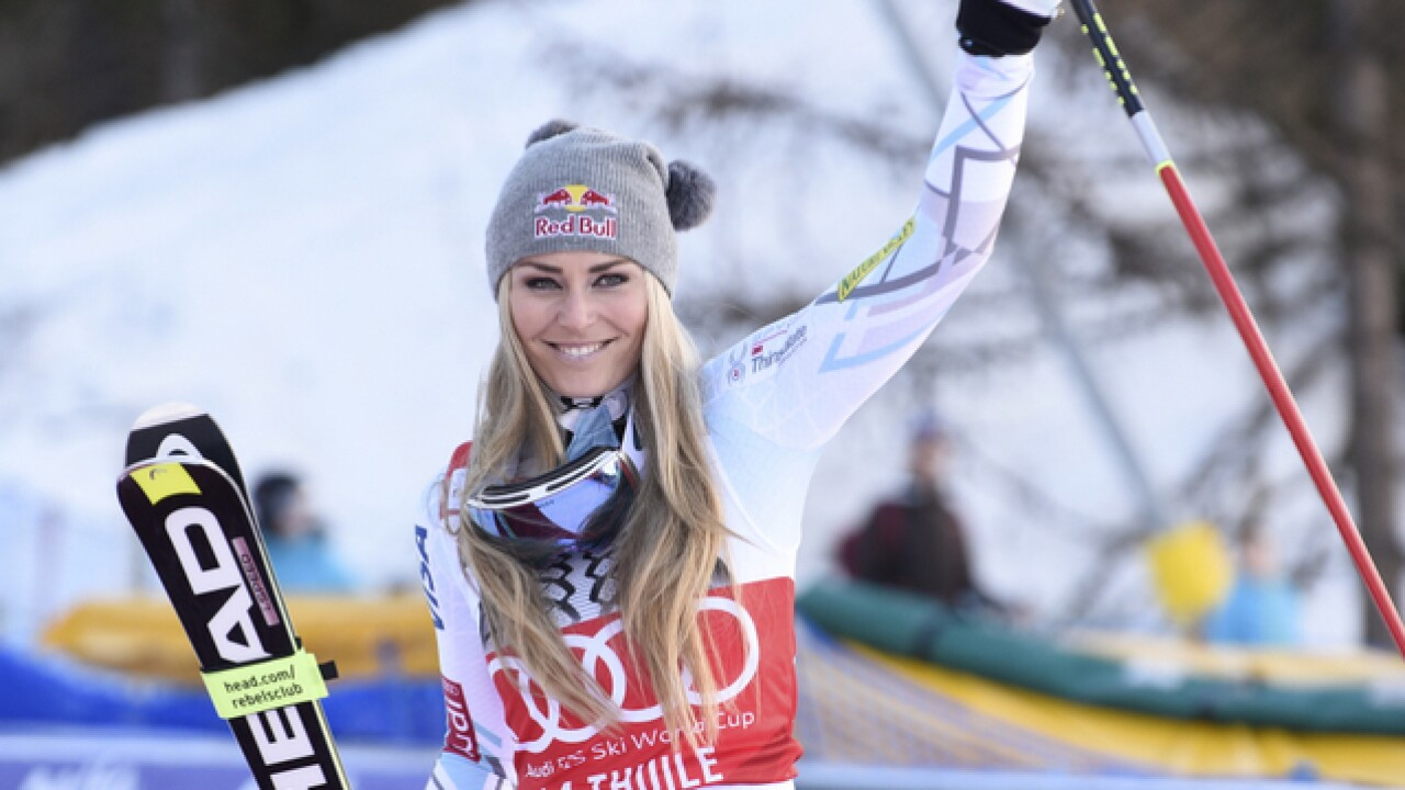 Fractures end Lindsey Vonn's World Cup season