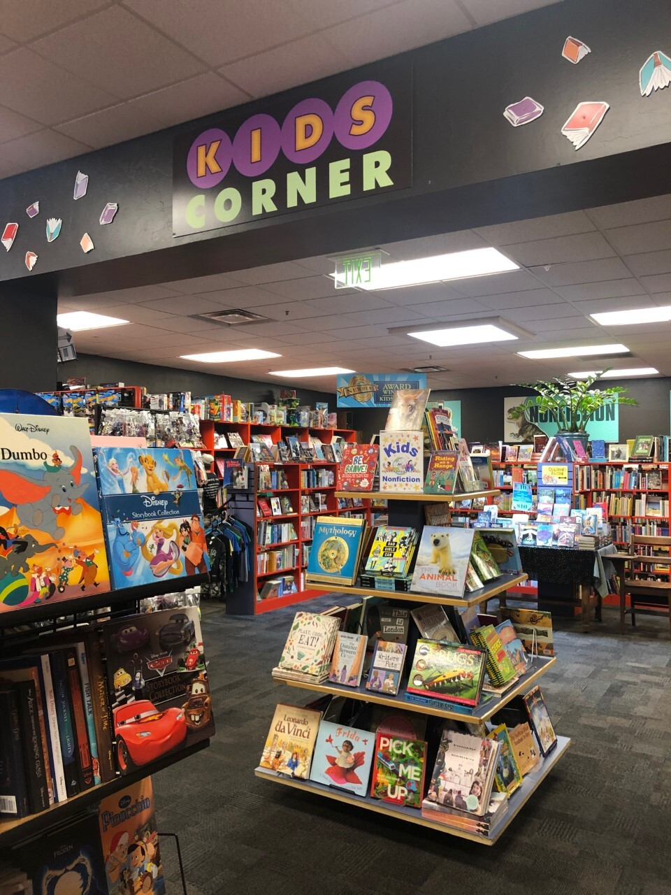 Bookmans Kids Corner