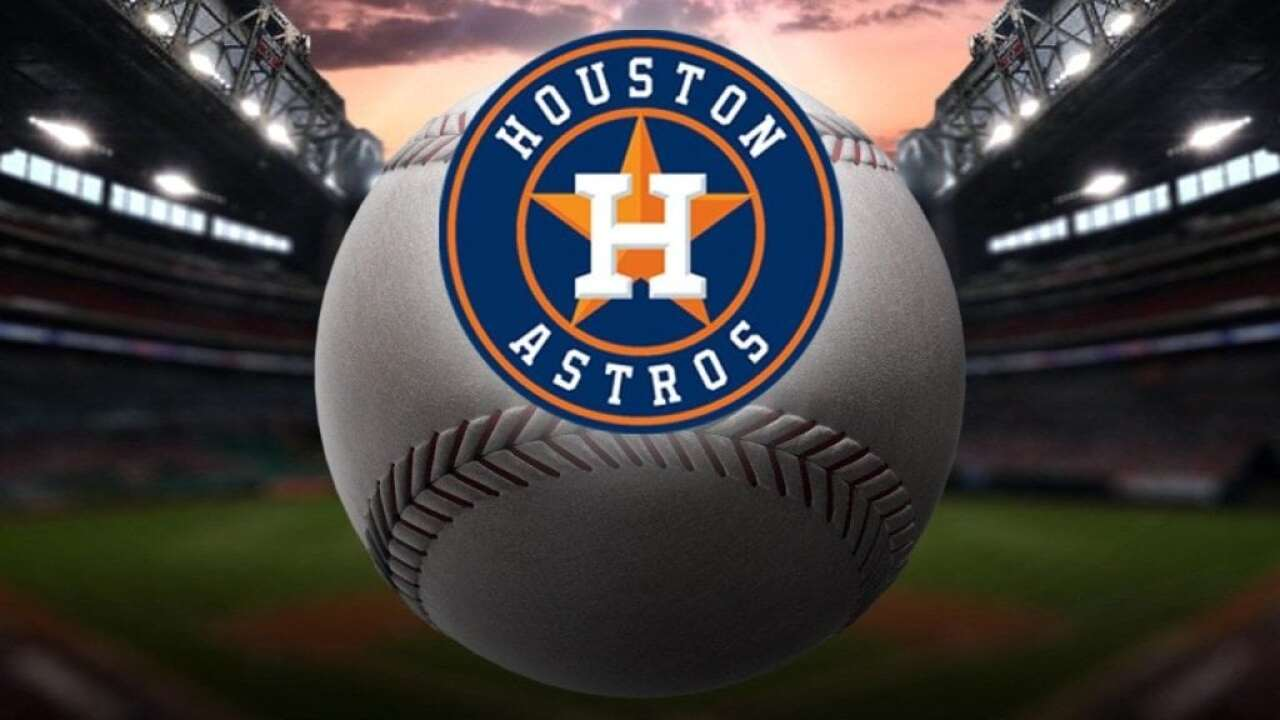 Astros extend GM Luhnow