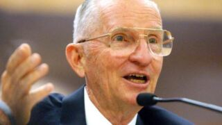 Ross Perot, billionaire former presidential candidate, has died at age 89