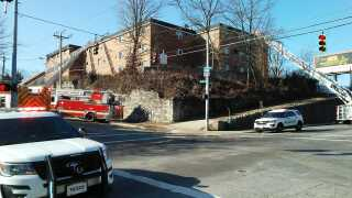 CFD: 3-alarm fire at East Price Hill apartments displaces tenants
