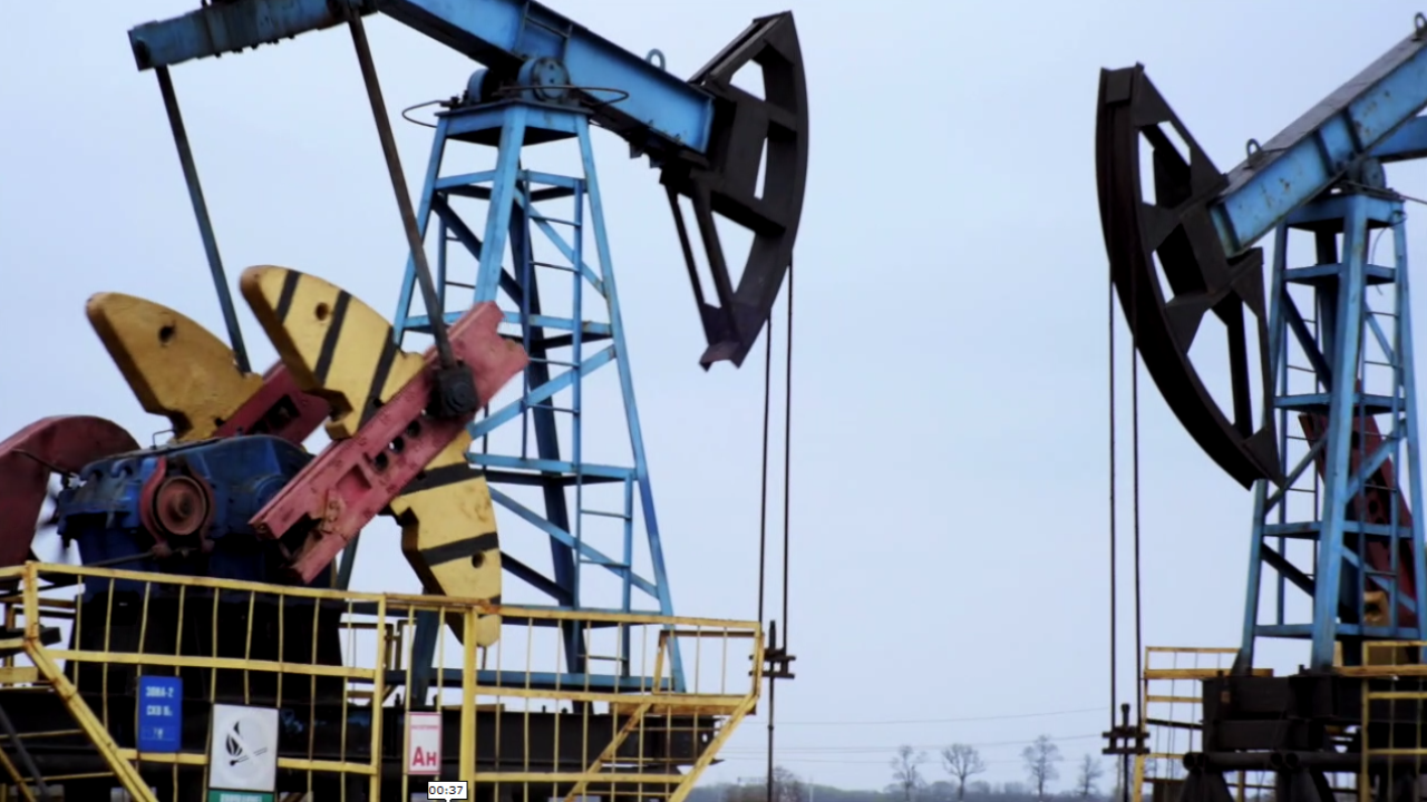 Oil Wells, Oil Pumps