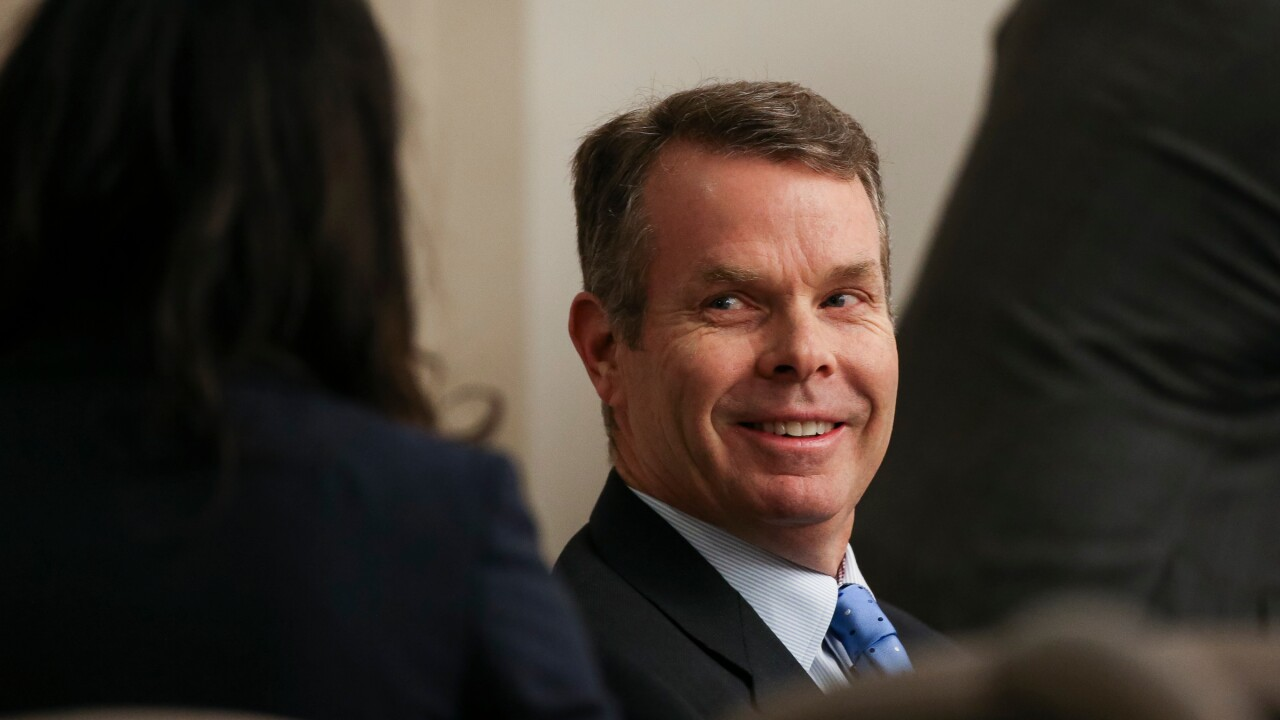 Judge won't toss charges against former Utah Attorney General John Swallow