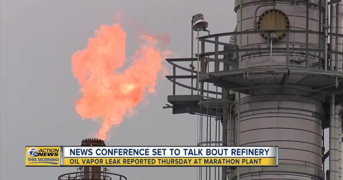 Rashida Tlaib, Detroit residents 'demanding accountability' after oil vapor leak at Marathon refinery