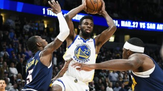 Warriors rally to stun Nuggets 116-100