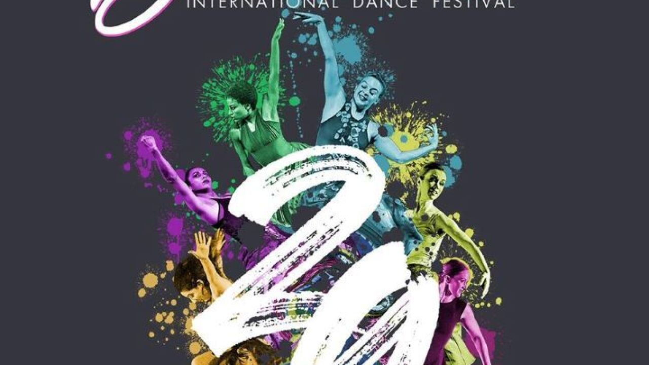 Bailando Dance