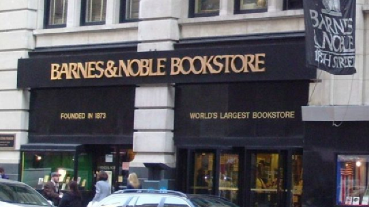 Barnes and Noble will soon start selling beer, wine