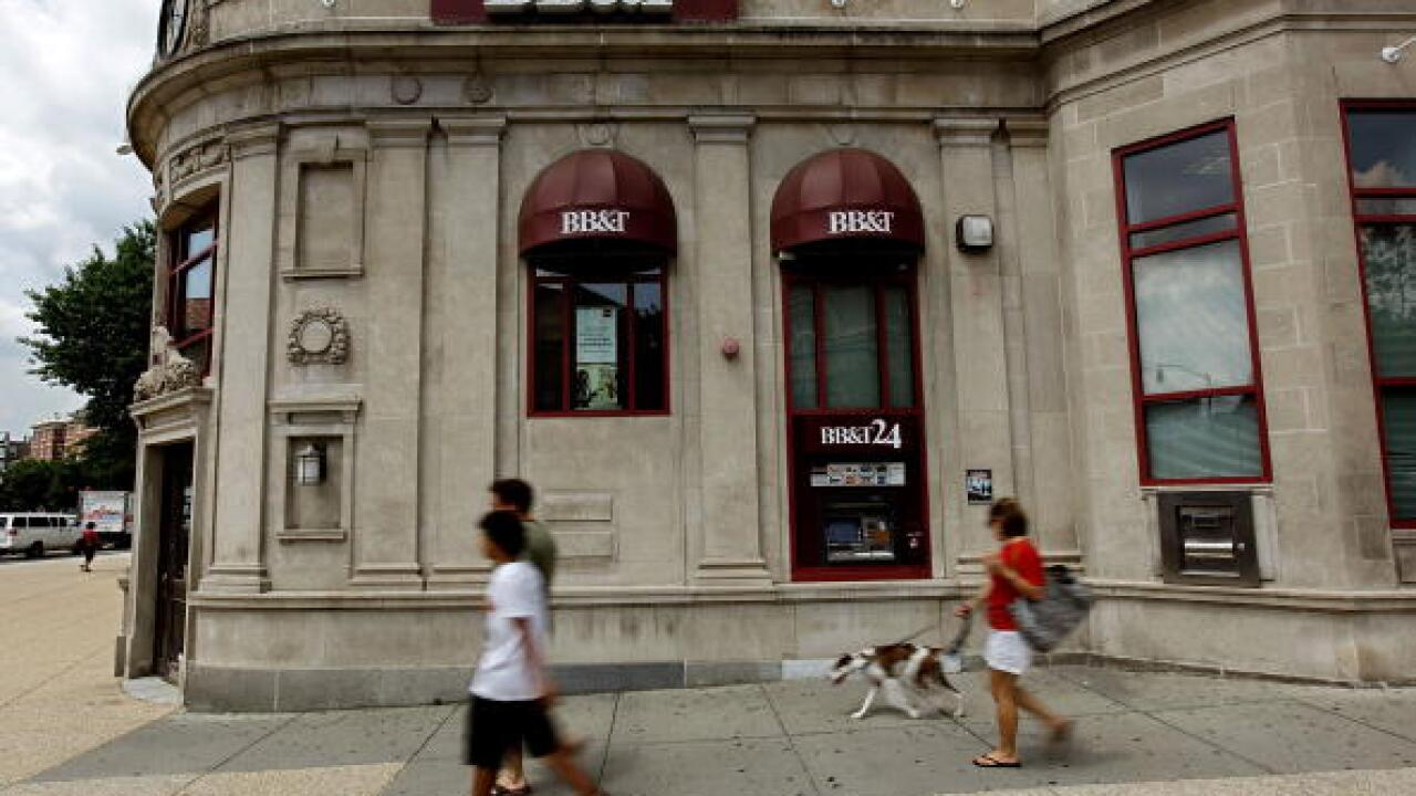 BB&T and SunTrust announce merger, creating nation's sixth