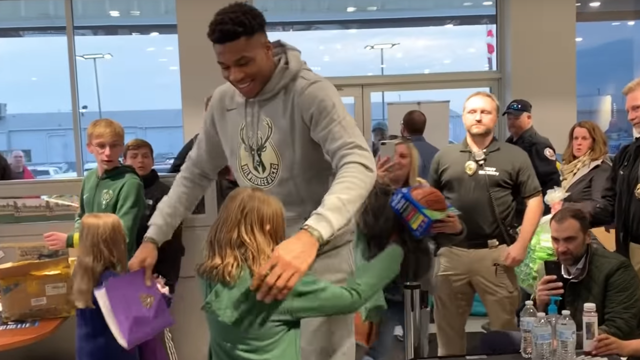 Giannis Antetokounmpo brings young fan to tears with autograph, hug [VIDEO]