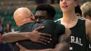 State basketball recap: Star performances help teams snap droughts, continue runs