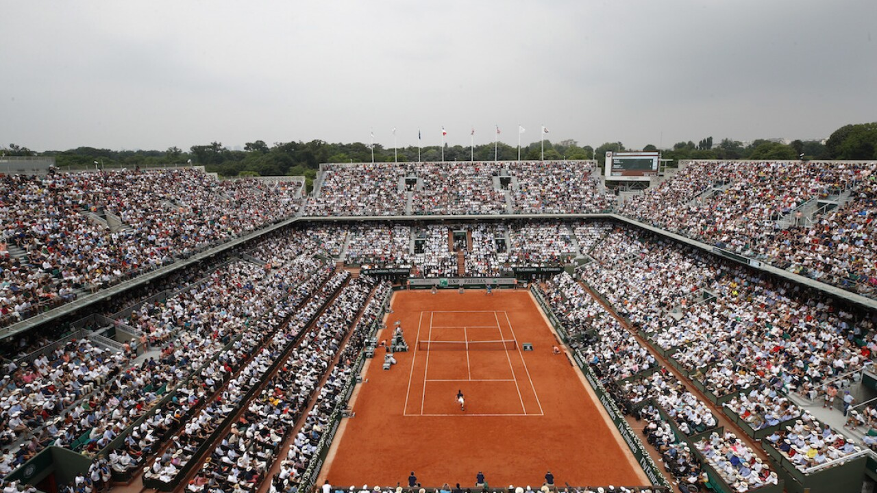 French Open allowing spectators amid virus resurgence