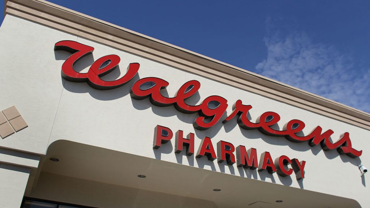 Walgreens asks customers not to openly carry guns in its stores