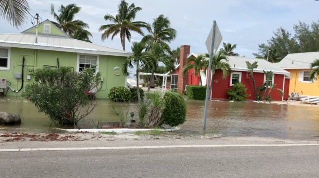 Hurricane Michael causing flooding and damage around Southwest Florida