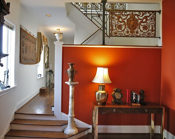 Home Tour: This charming carriage house overlooks the confluence of the Ohio and Licking rivers