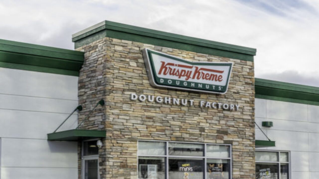 You Can Find Krispy Kreme Glazed Peach Pies In Grocery Stores For A Limited Time