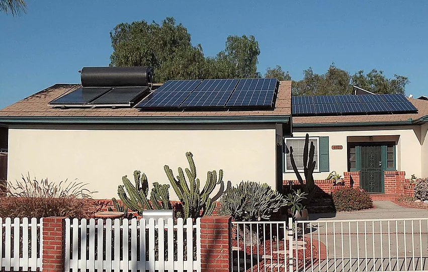 University Heights off-grid home
