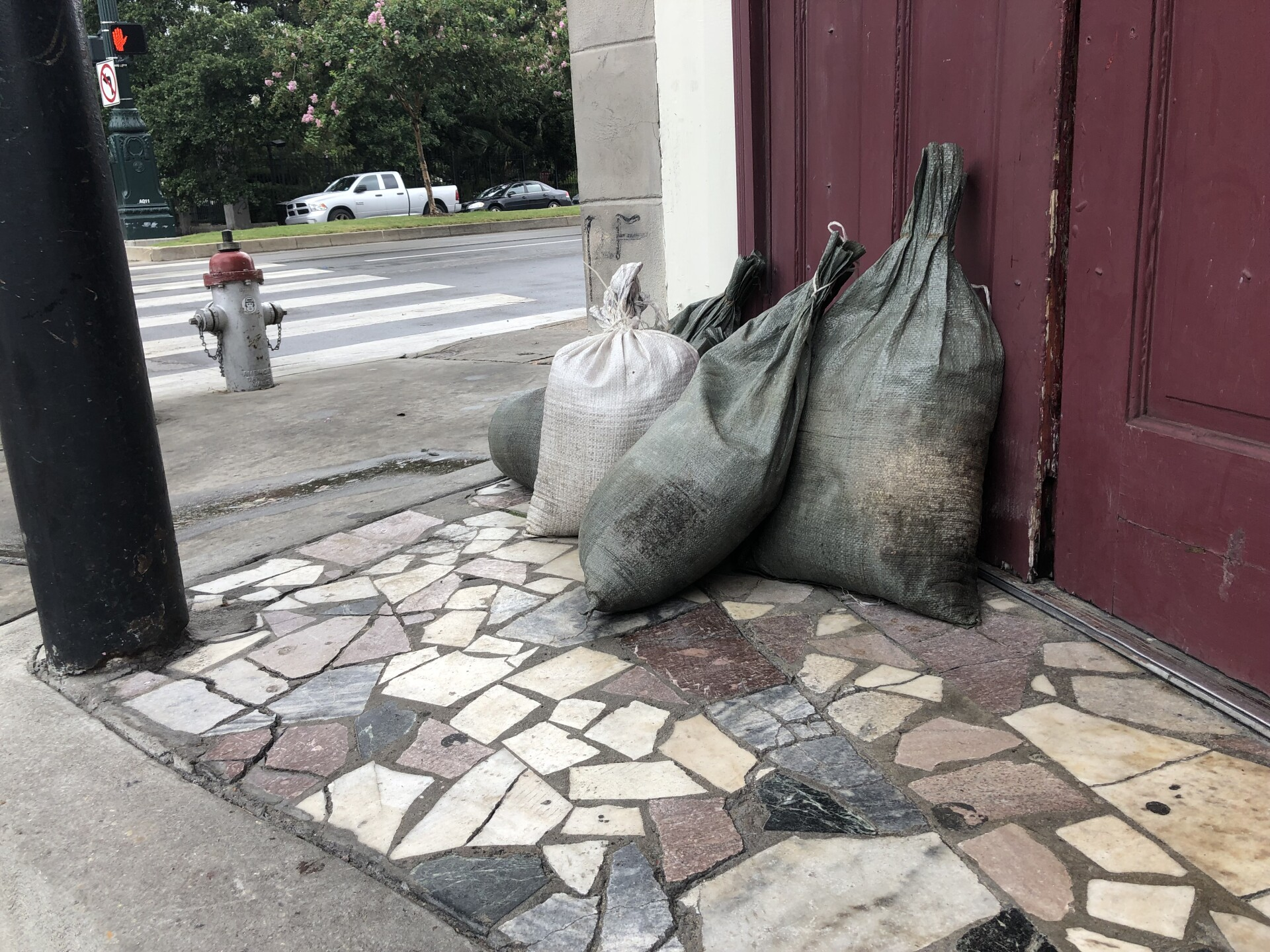New Orleans businesses and residents prepare for floods