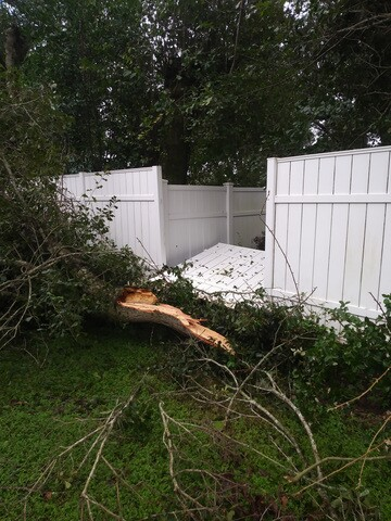 Photos: Irma damage scenes in Pinellas, Pasco counties