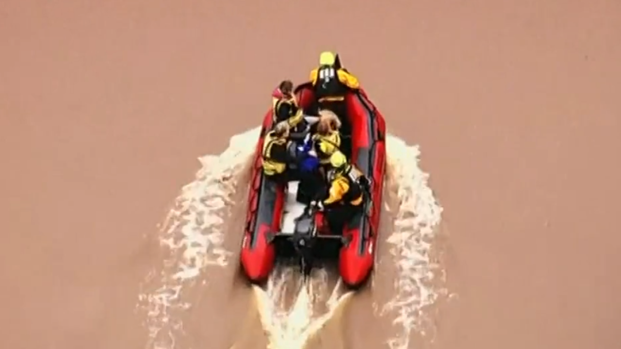Watch: Victims of Oklahoma flooding saved by rescuers
