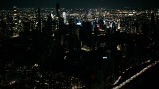 Manhattan power is back on hours later as governor calls outage unacceptable