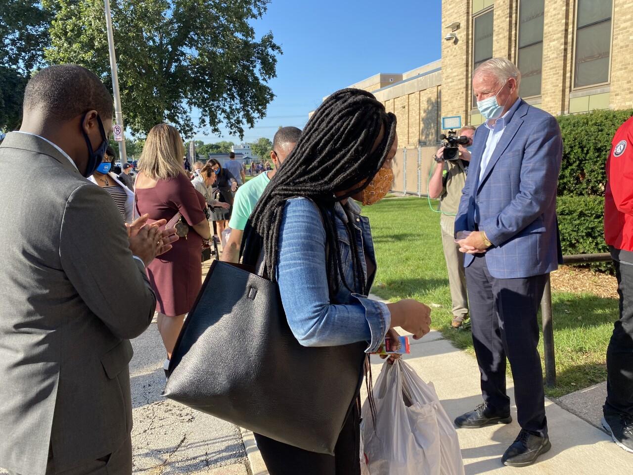 Mayor Tom Barrett welcomes students at MacDowell Montessori