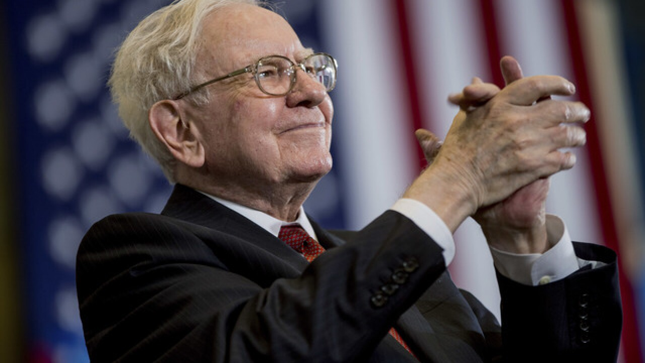 Warren Buffett says don't waste money on investment fees