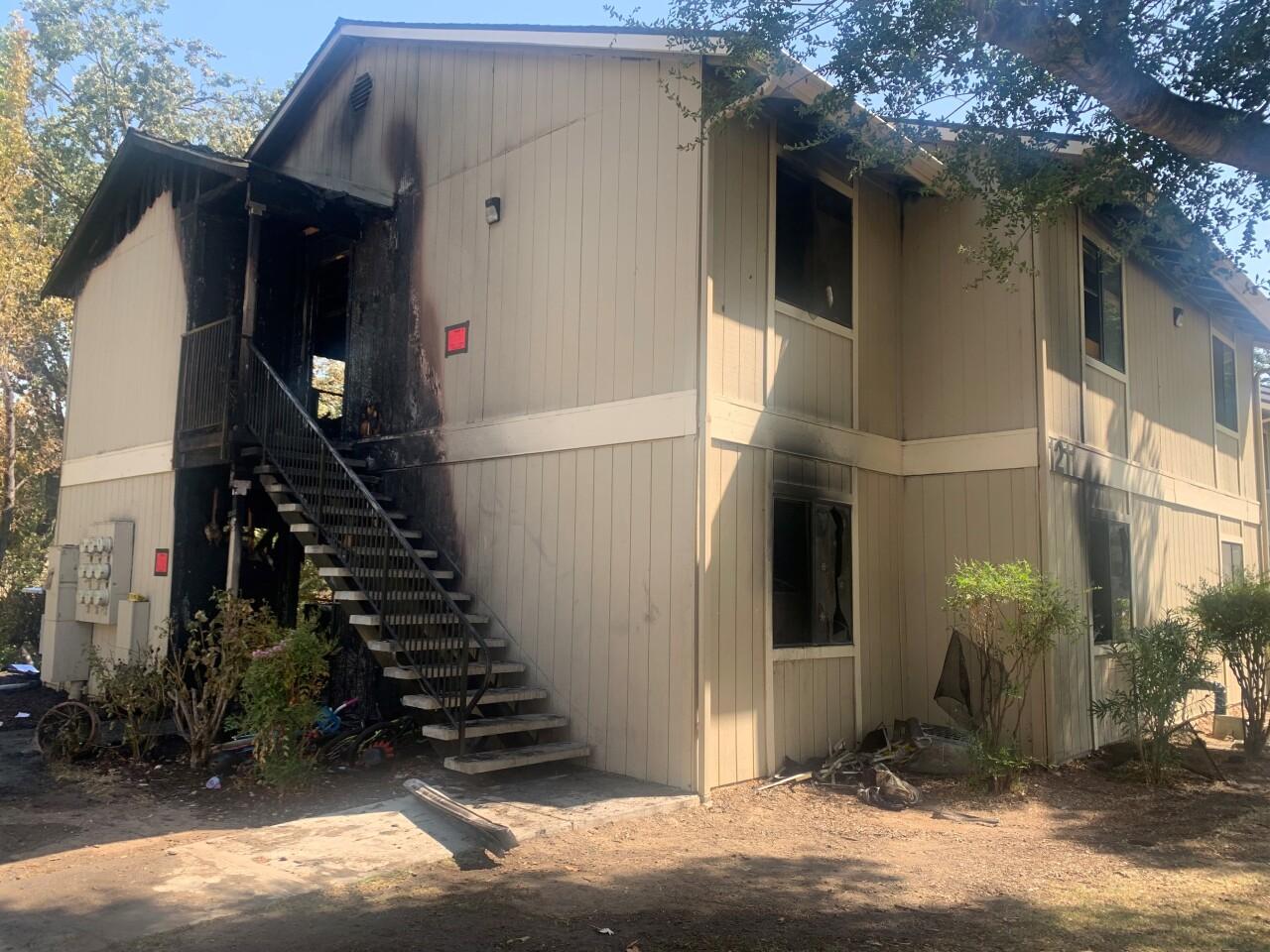 paso dry creek apartments fire.jpg