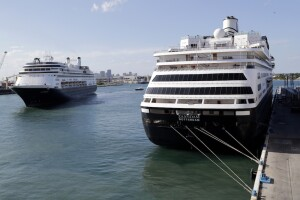 CDC offers framework for cruise lines to start sailing again