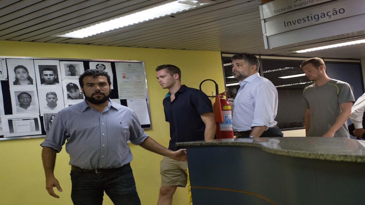 Brazil police: Lochte fabricated robbery claim