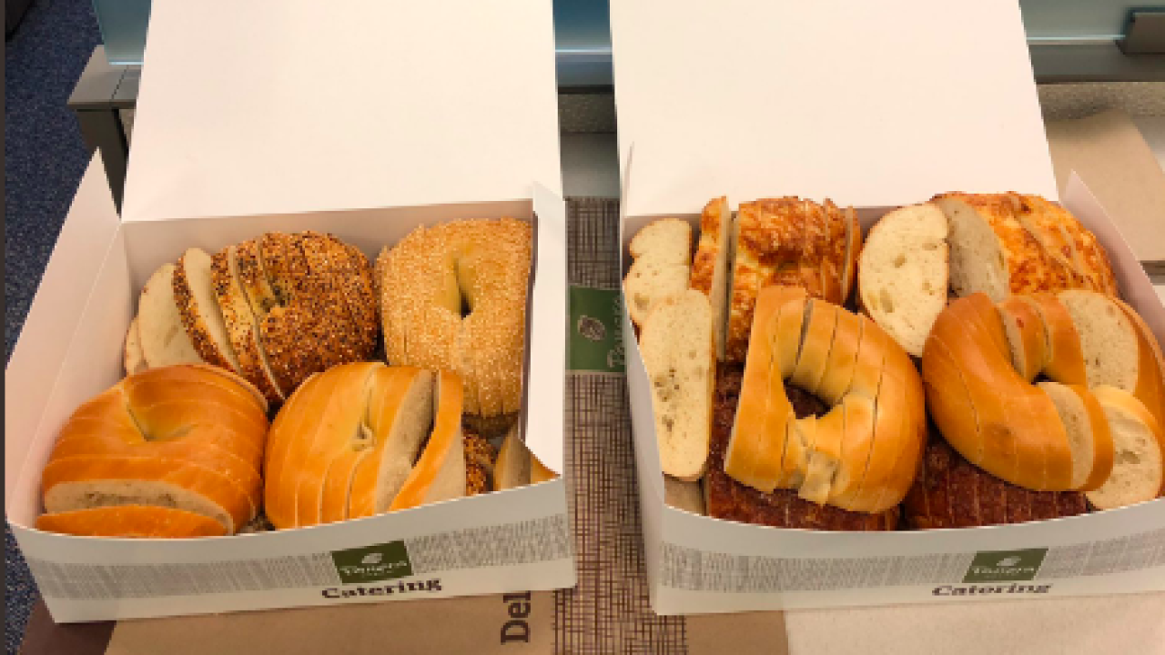 How do you slice your bagel? Debate heats up on social media