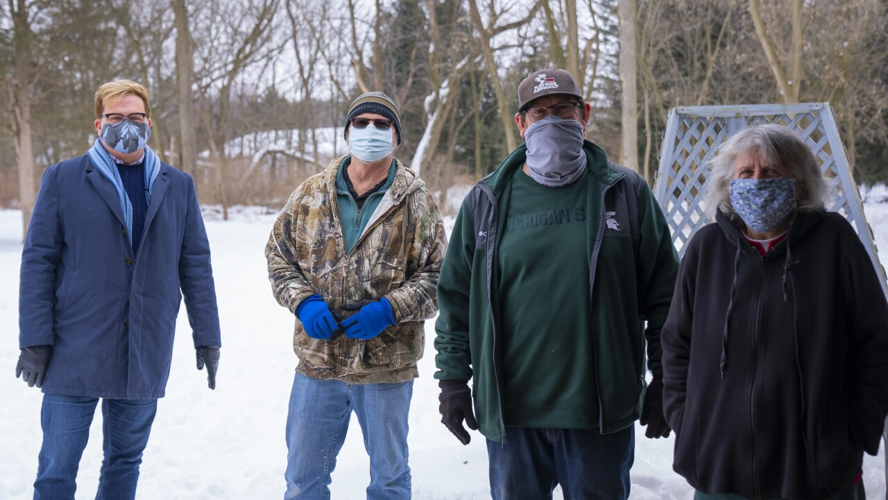 Wood Cutting Volunteer Crew