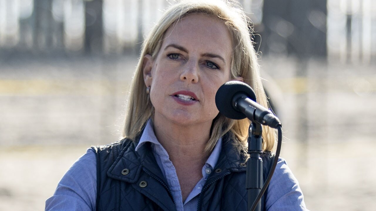 Trump says DHS secretary Nielsen leaving