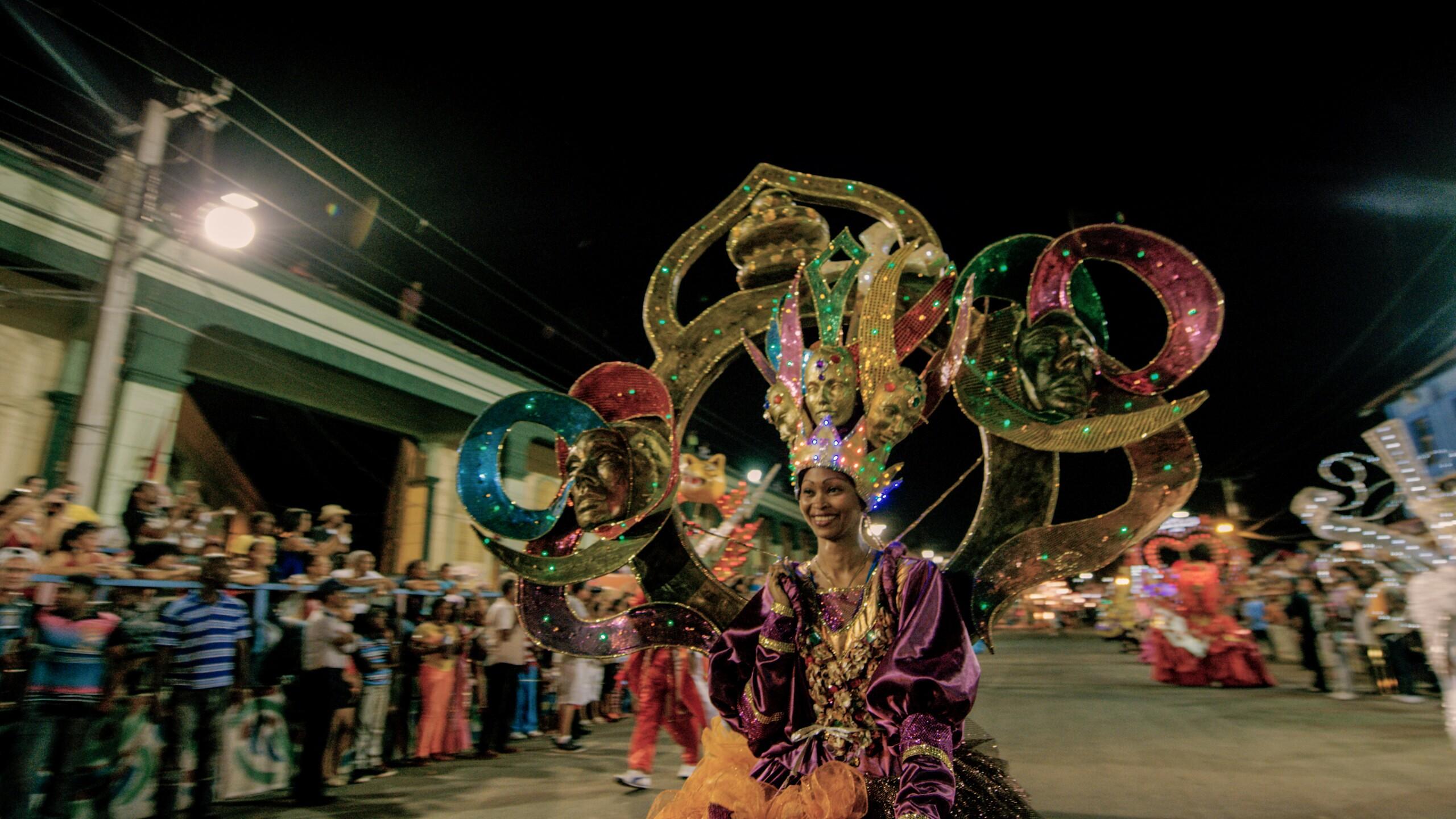 Cuba Carnival dancer