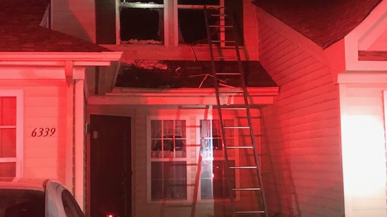 Early-morning Suffolk townhouse fire leaves 2 people displaced