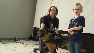 Group pays for veteran to train and receive service dog