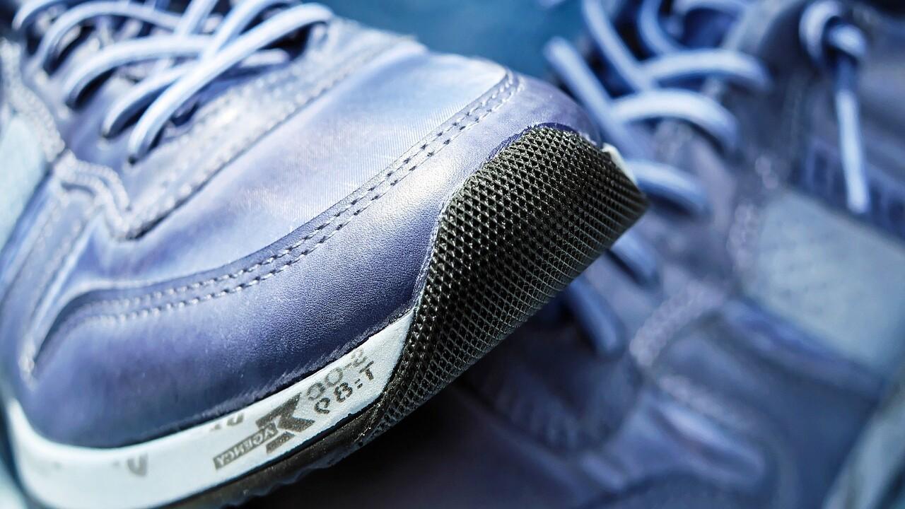 running-shoes-workout-generic.jpg